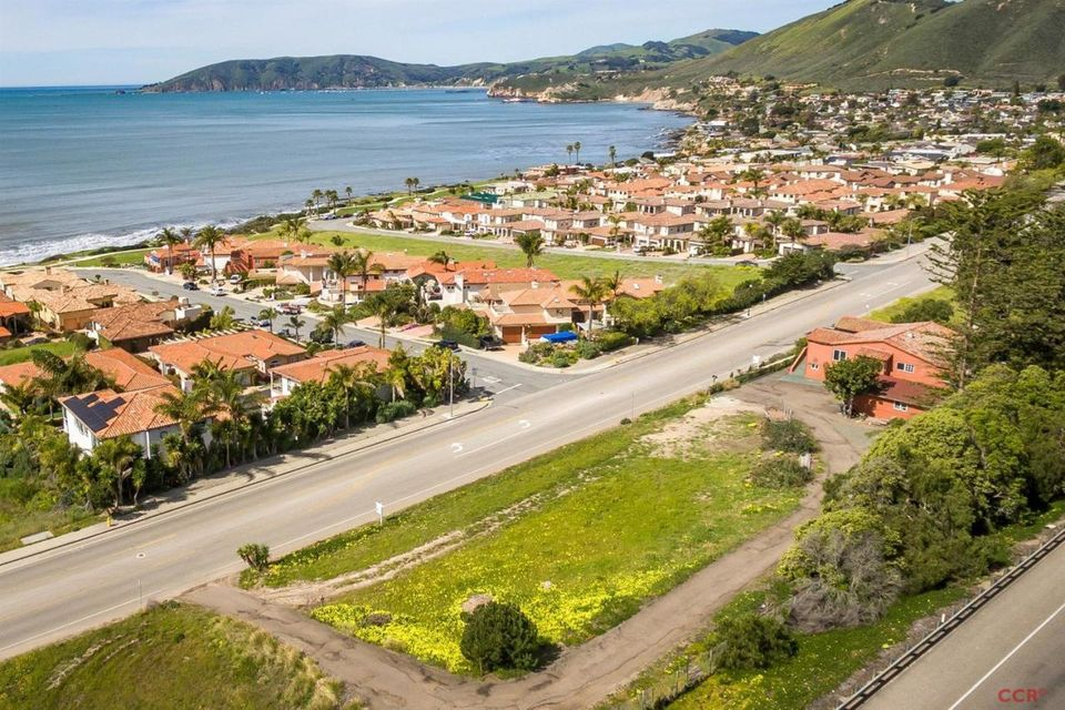 Property photo for 2920 Shell Beach Road Pismo Beach, CA 93449 - 1075879
