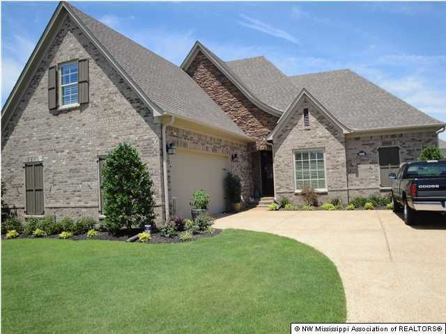 4440 E Robinson Loop, Olive Branch, MS 38654