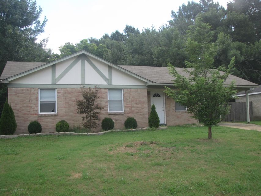 6910 CAMELOT, Horn Lake, MS 38637
