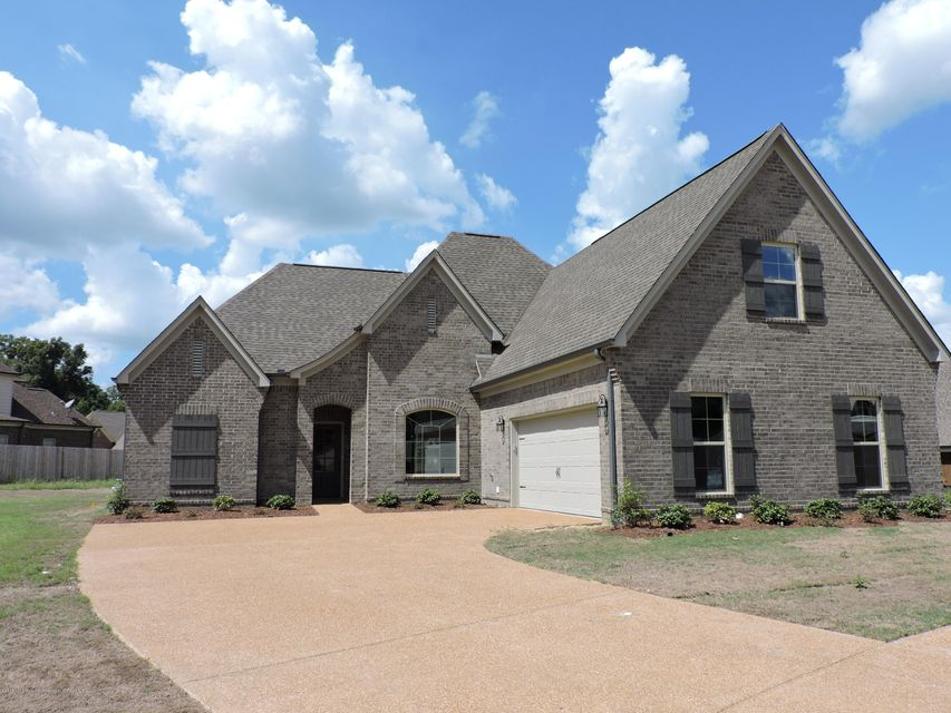 6803 Rebel Grove Cove, Olive Branch, MS 38654
