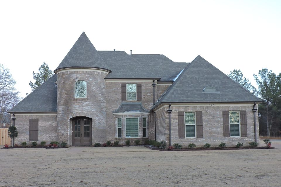 5476 East Pointe Drive, Southaven, MS 38672