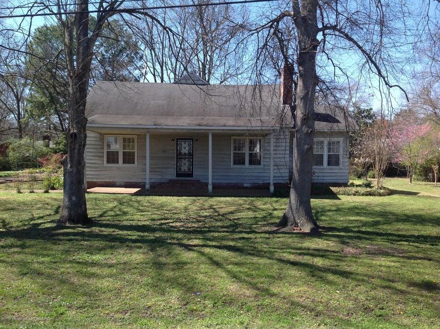 1671 Cummins Avenue, Tunica, MS 38676