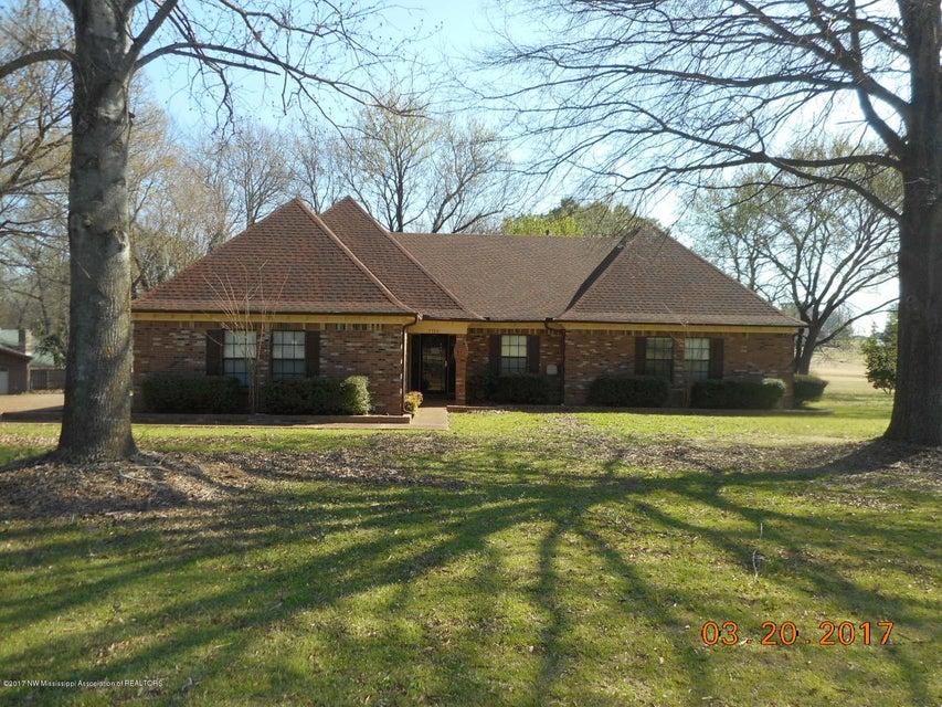 3700 Shady Oaks Drive, Olive Branch, MS 38654