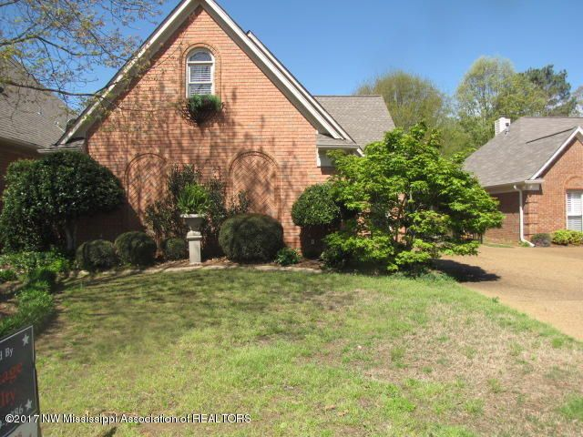 533 Fairway Oaks, Hernando, MS 38632
