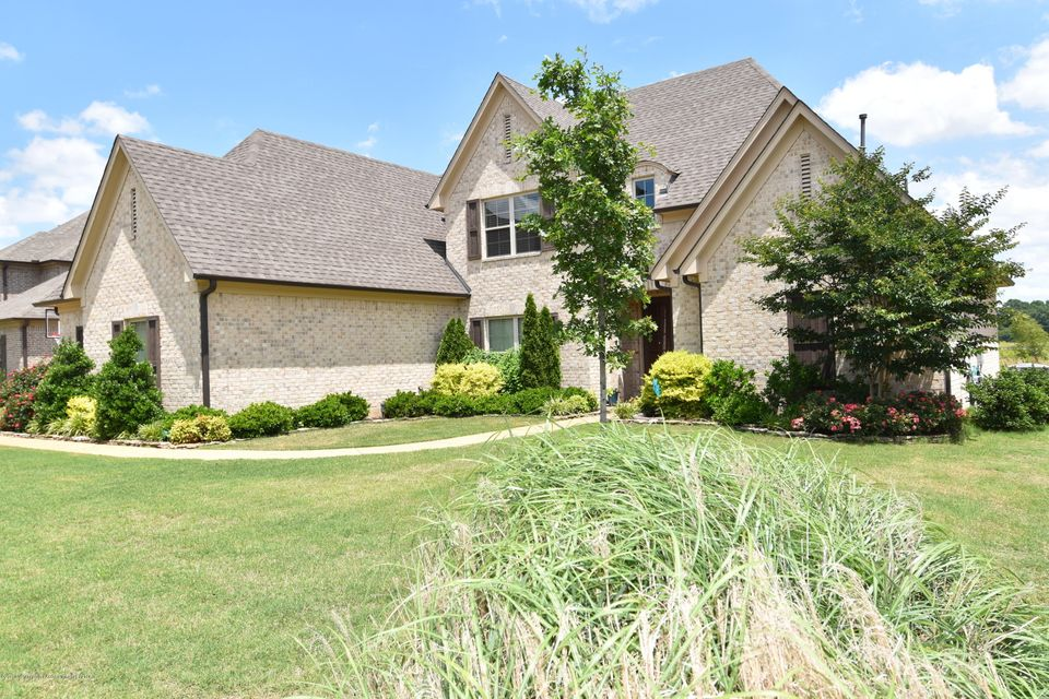 6236 N Bear Cove, Olive Branch, MS 38654