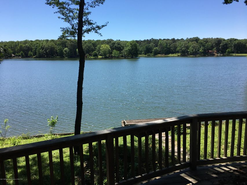 8843 Howling Fox Cove, Hernando, MS 38632