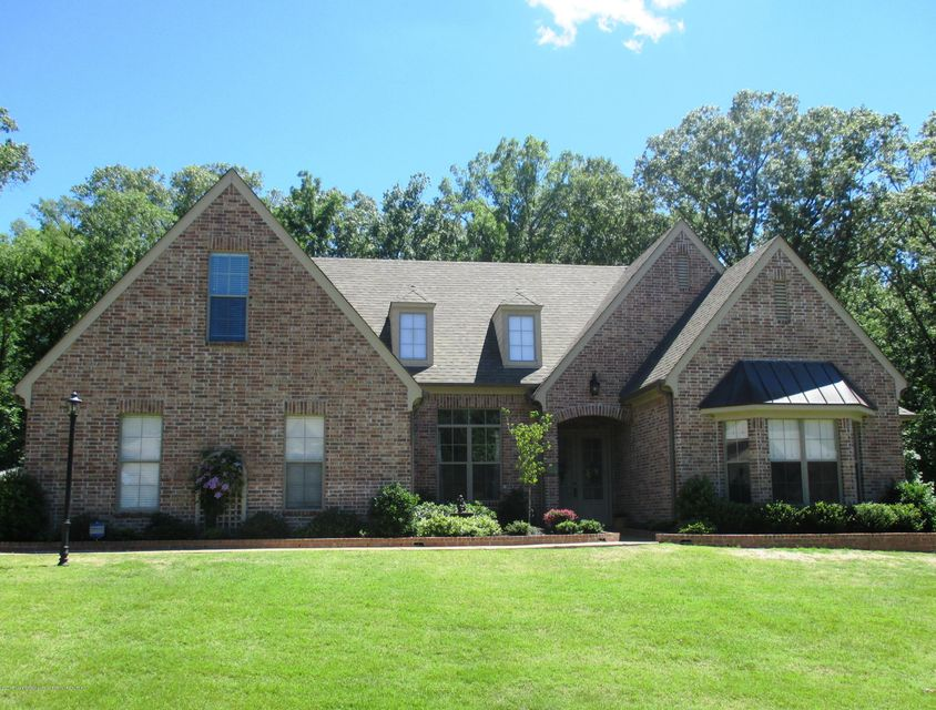 7401 Featherston Cove, Olive Branch, MS 38654