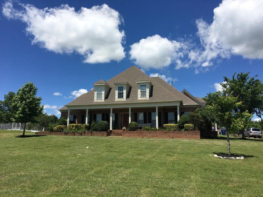 13060 Oak Ridge Drive, Olive Branch, MS 38654