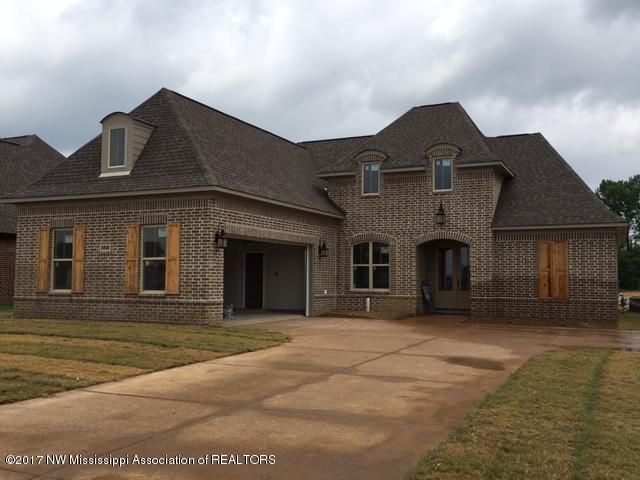 6724 Aquila Circle West, Olive Branch, MS 38654