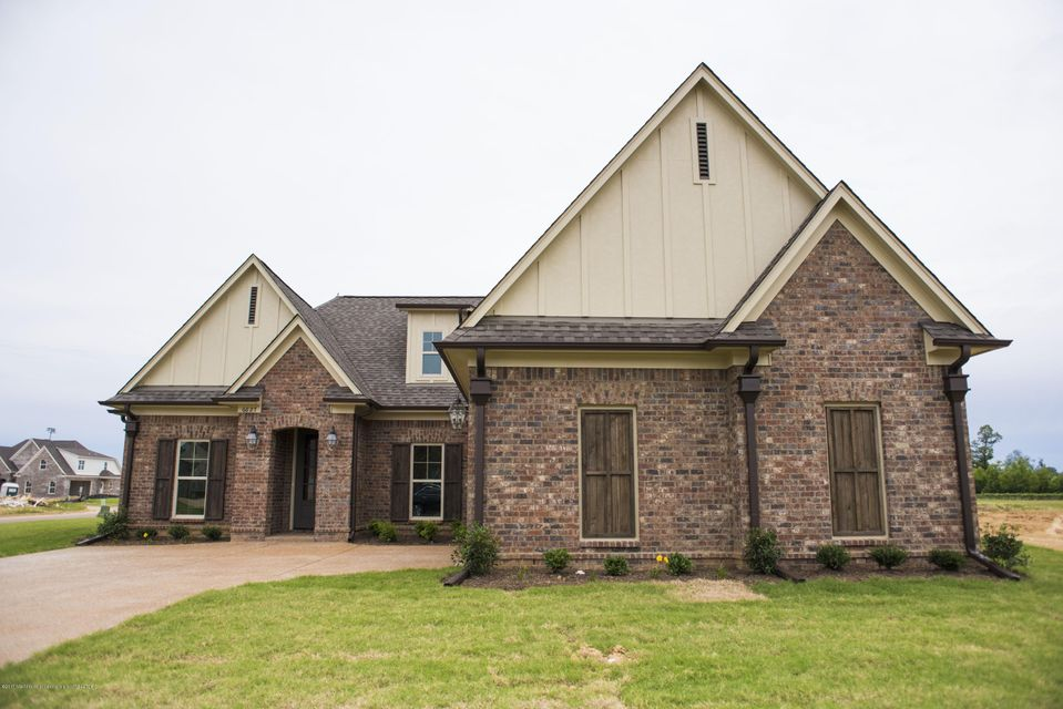 6627 Broadwing Circle West, Olive Branch, MS 38654