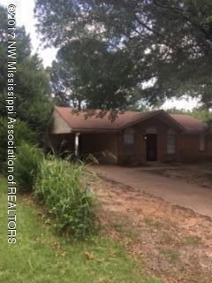 8218 WHITEBROOK, Southaven, MS 38671