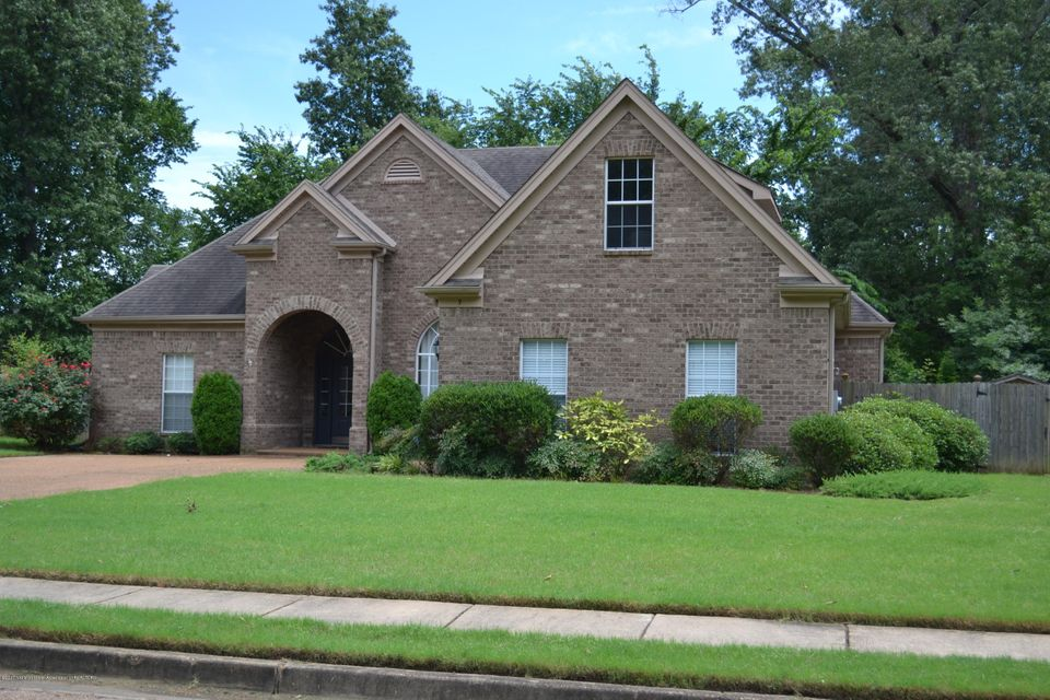 9 Deer Creek Drive, Hernando, MS 38632