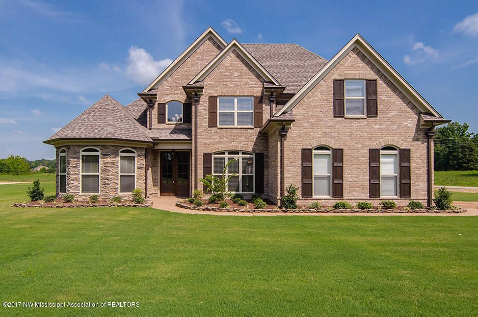 6629 Aquila West Circle, Olive Branch, MS 38654