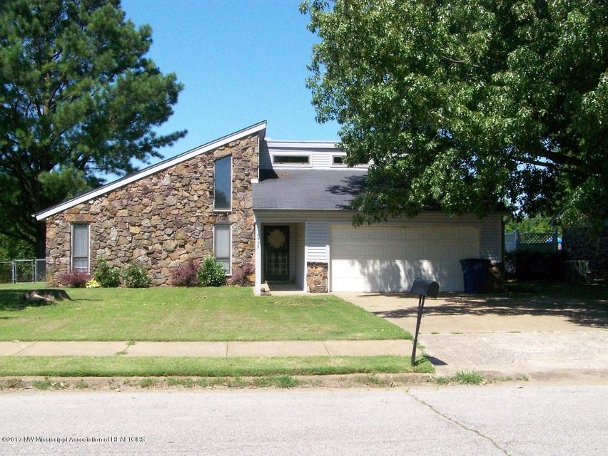 6445 Chickasaw Drive, Olive Branch, MS 38654
