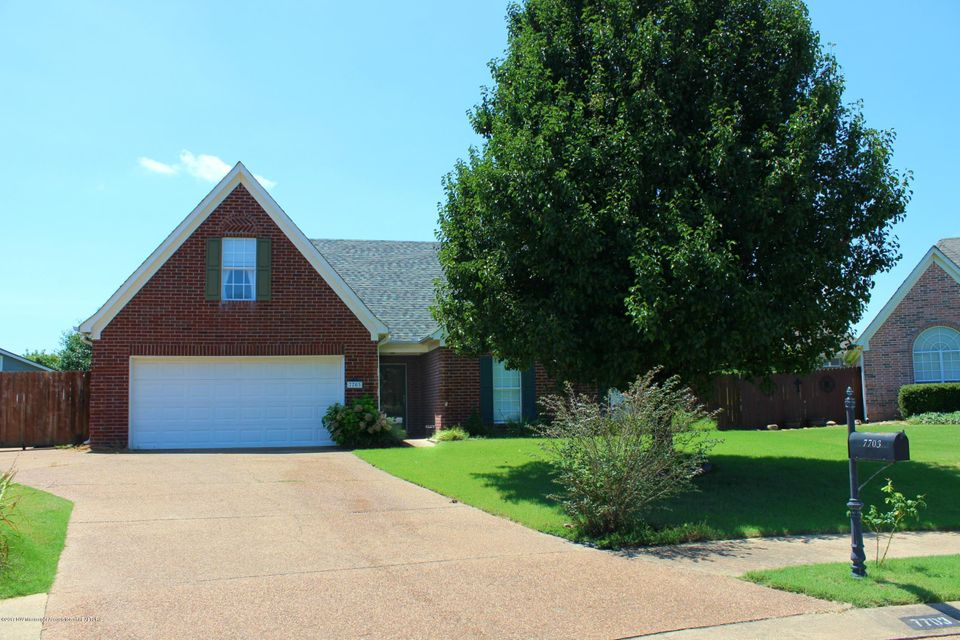 7703 Piney Ridge Cove, Olive Branch, MS 38654