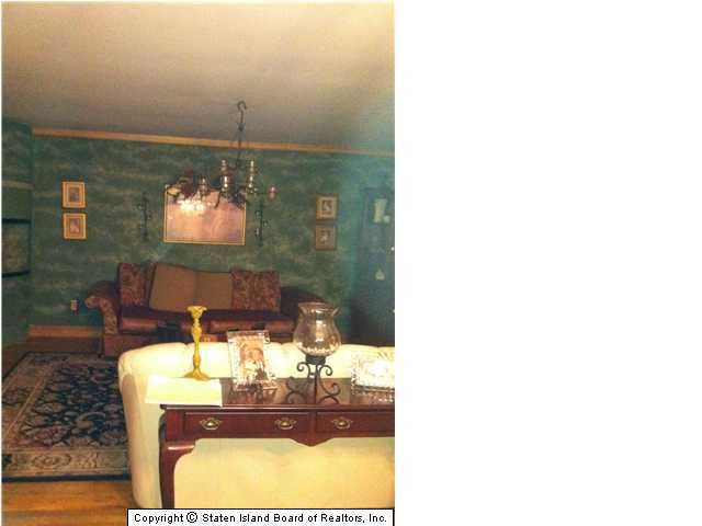 Additional photo for property listing at 124 Rockville Avenue  Staten Island, New York 10314 United States