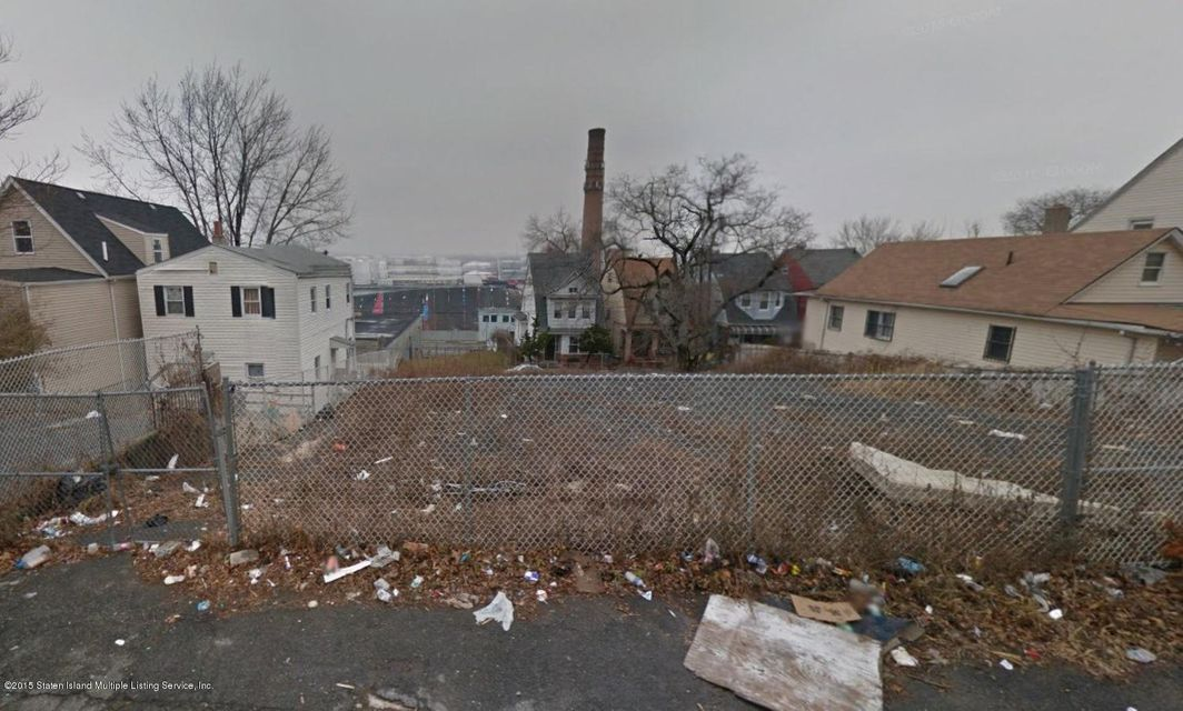 Additional photo for property listing at 60 Fillmore Street  Staten Island, New York 10301 United States