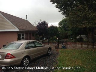 Additional photo for property listing at 97 Lake Avenue  Staten Island, New York 10303 United States