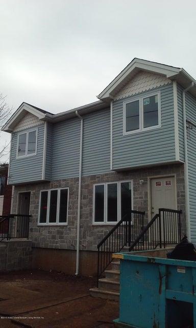 Single Family - Semi-Attached in Graniteville - 621 South Avenue  Staten Island, NY 10303