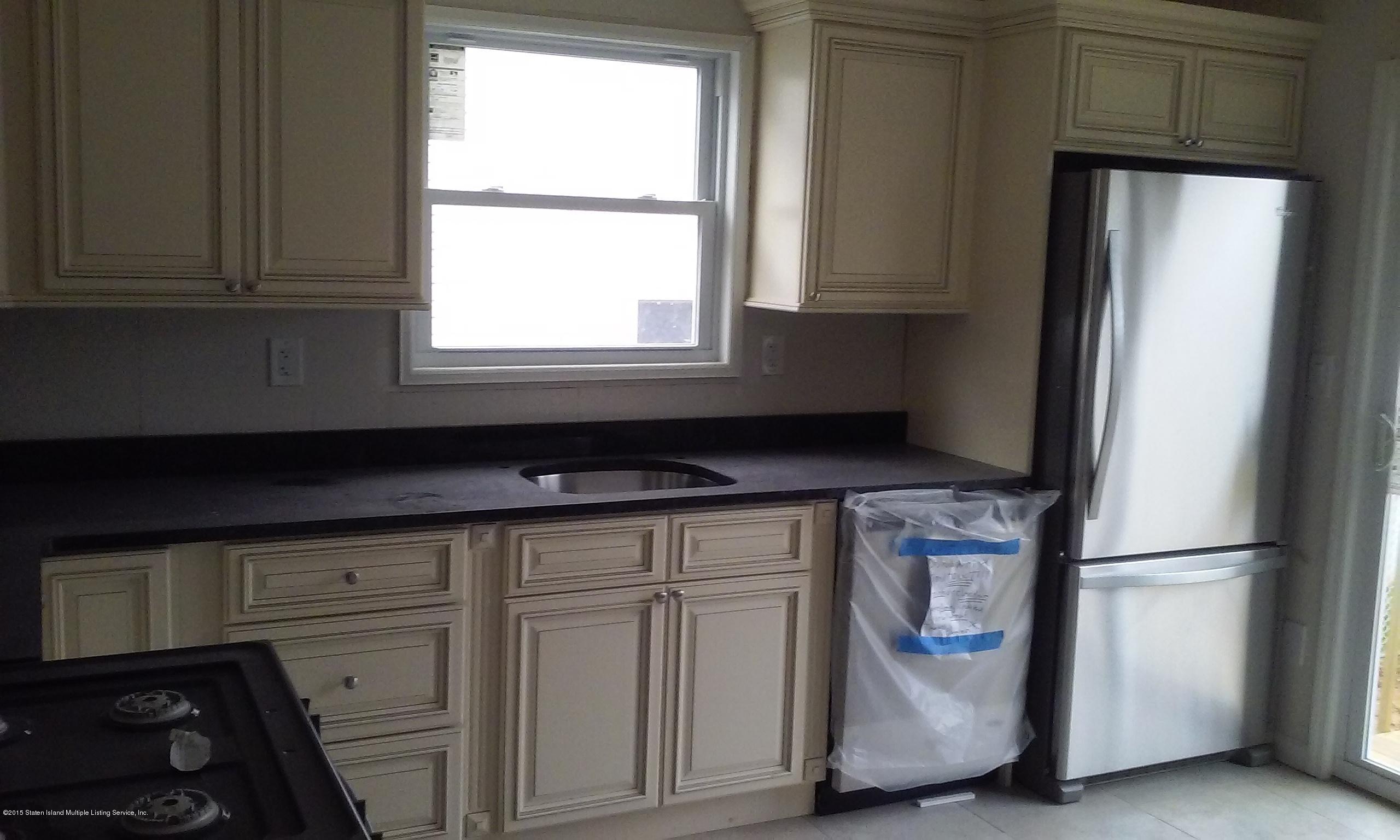 Single Family - Semi-Attached 621 South Avenue  Staten Island, NY 10303, MLS-1100442-7