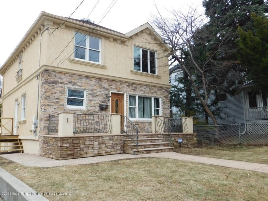 Single Family Home for Sale at 16 Parsons Place Staten Island, New York 10301 United States