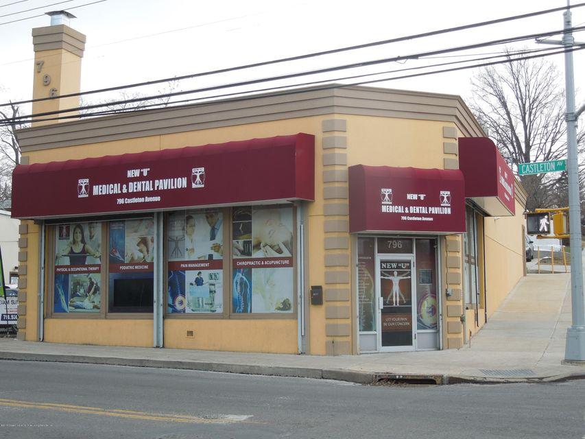 Commercial for Rent at 796 Castleton Avenue Staten Island, New York 10310 United States