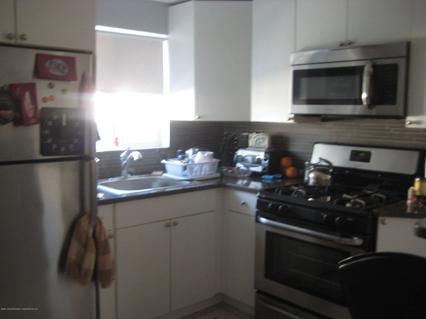 Additional photo for property listing at 416 Hamden Avenue  Staten Island, New York 10306 United States