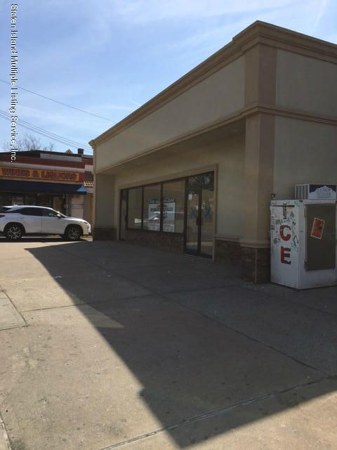 Commercial for Rent at 1300 Clove Road Staten Island, New York 10301 United States