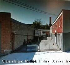 18 Pike Street,Staten Island,New York,10301,United States,Business,Pike,1102521