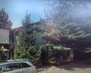 Additional photo for property listing at 30 Selvin Loop  Staten Island, New York 10303 United States