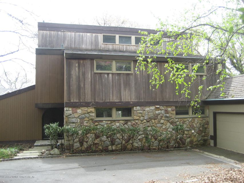 Single Family Home for Sale at 85 Circle Road Staten Island, New York 10304 United States