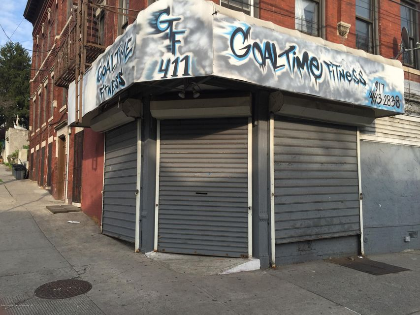 Commercial for Rent at 411 Jersey Street Staten Island, New York 10301 United States