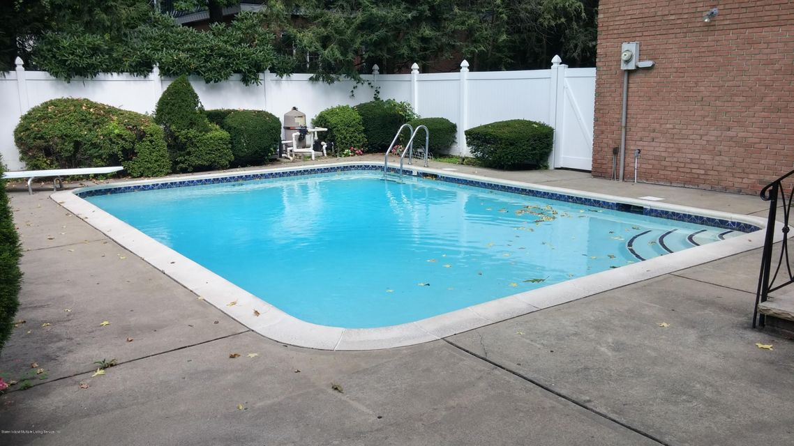 Single Family - Detached 25 Benedict Road  Staten Island, NY 10304, MLS-1102471-33