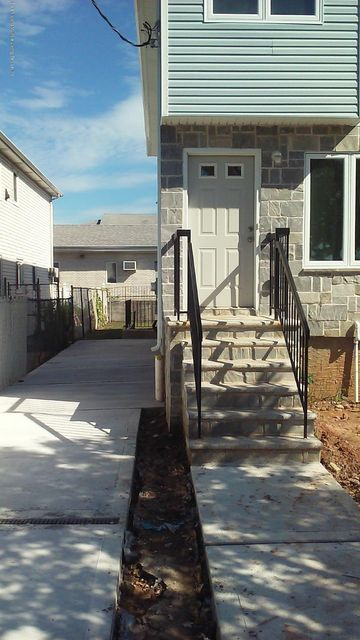 Single Family - Semi-Attached 621 South Avenue  Staten Island, NY 10303, MLS-1100442-4