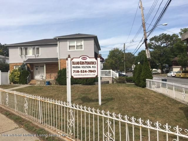 Commercial for Rent at 3109 Hylan Boulevard Staten Island, New York 10306 United States