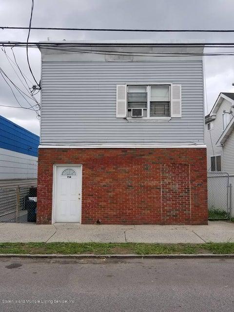 714 Port Richmond Avenue, Staten Island, NY 10302