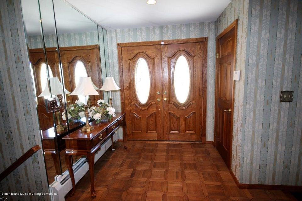 Additional photo for property listing at 75 Johanna Lane  Staten Island, New York 10309 United States