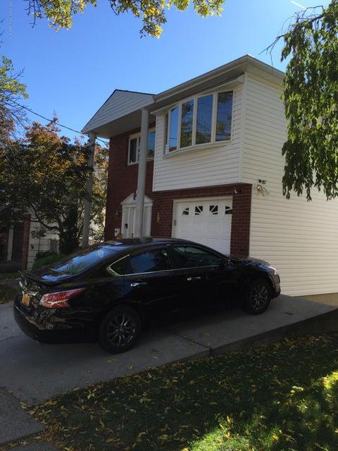 Single Family - Detached 108 Clarke Avenue  Staten Island, NY 10306, MLS-1106455-2