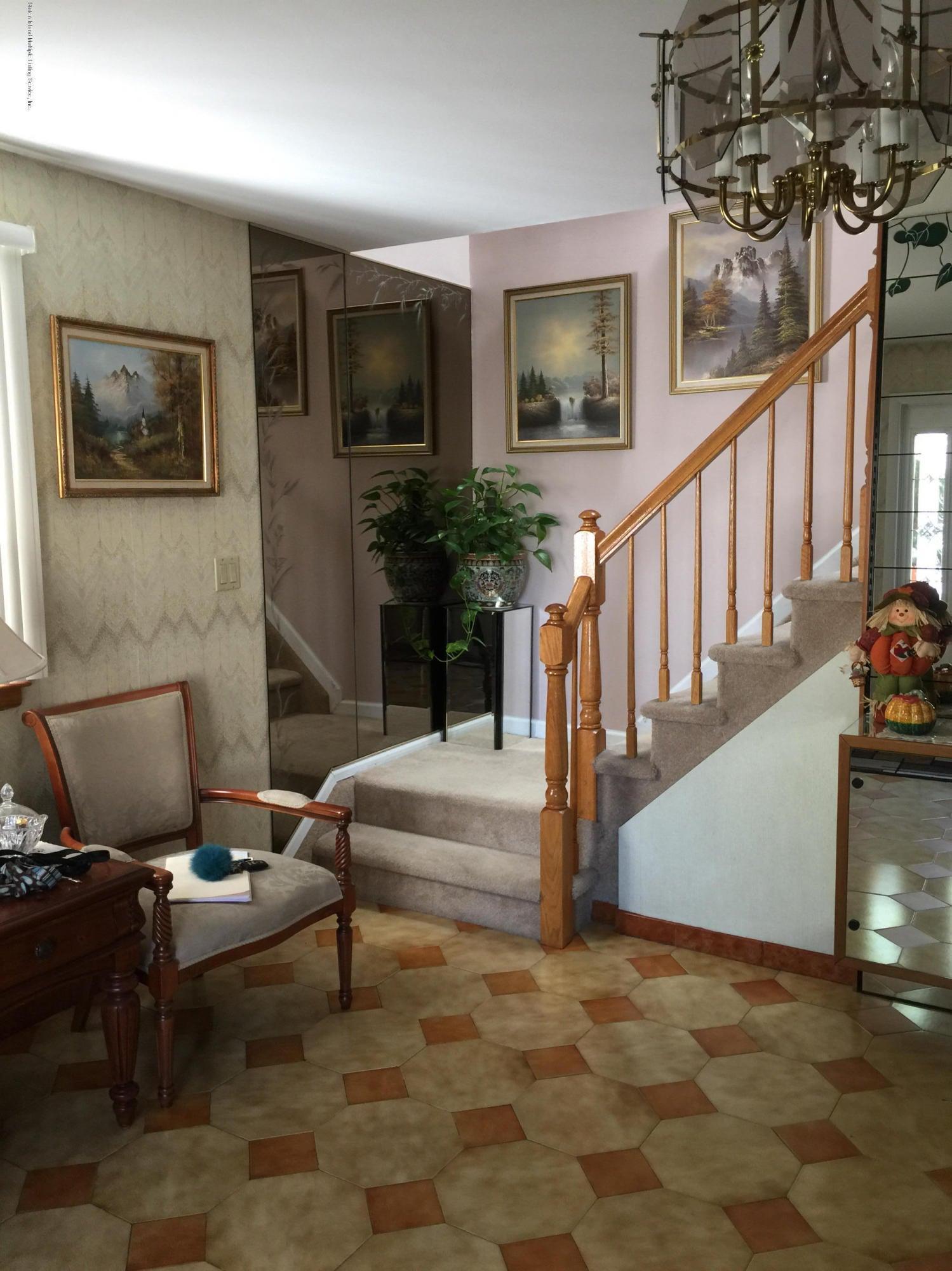 Single Family - Detached 108 Clarke Avenue  Staten Island, NY 10306, MLS-1106455-11