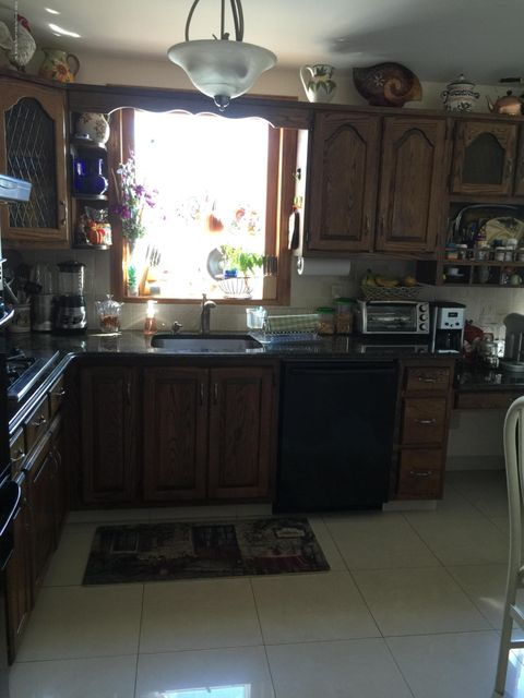 Single Family - Detached 108 Clarke Avenue  Staten Island, NY 10306, MLS-1106455-20