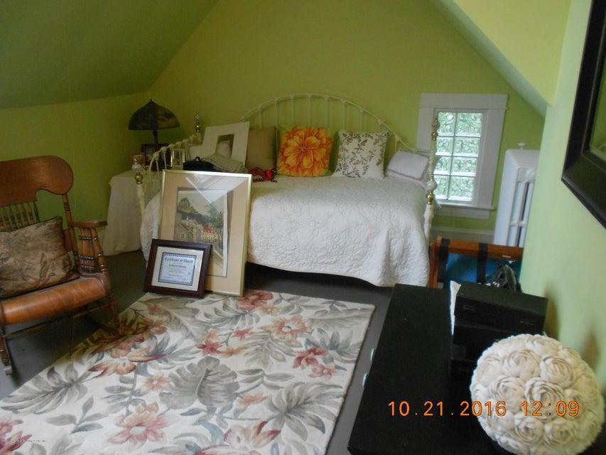 Single Family - Detached 70 Park Lane  Staten Island, NY 10301, MLS-1106611-27