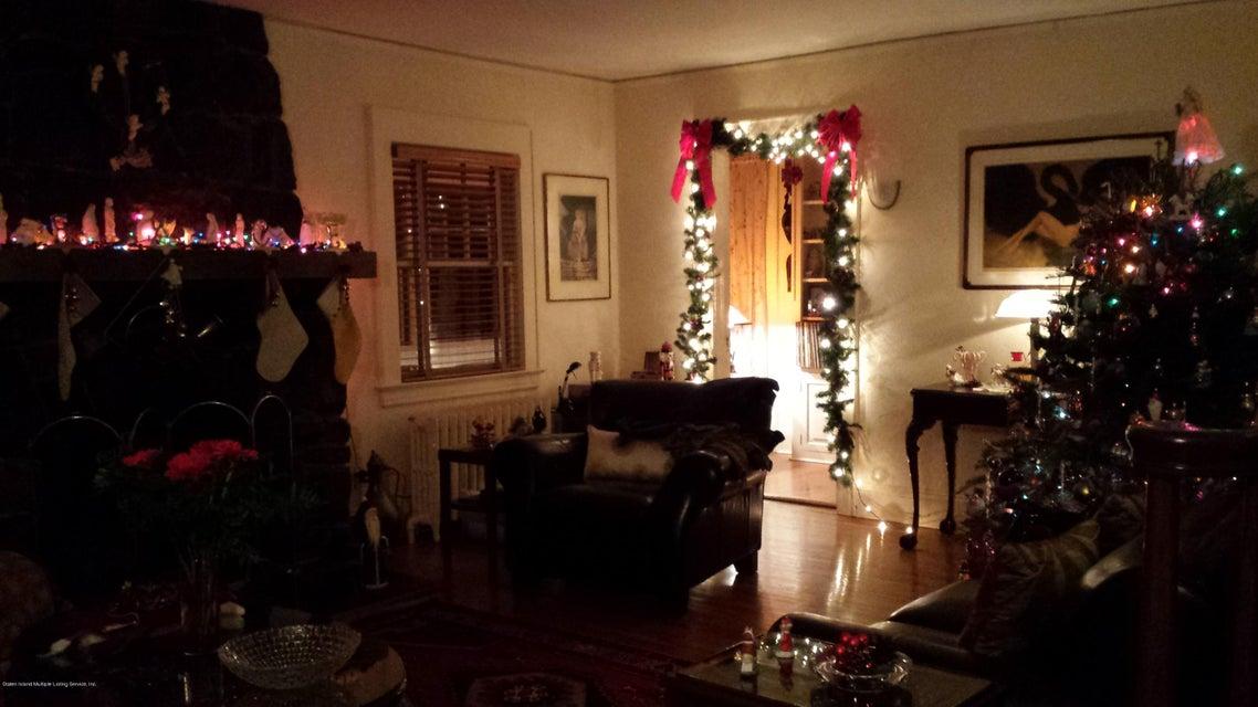 Single Family - Detached 70 Park Lane  Staten Island, NY 10301, MLS-1106611-16