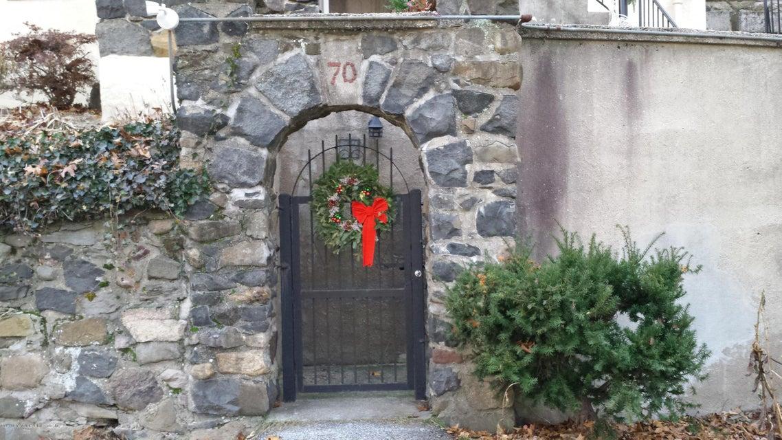 Single Family - Detached 70 Park Lane  Staten Island, NY 10301, MLS-1106611-3