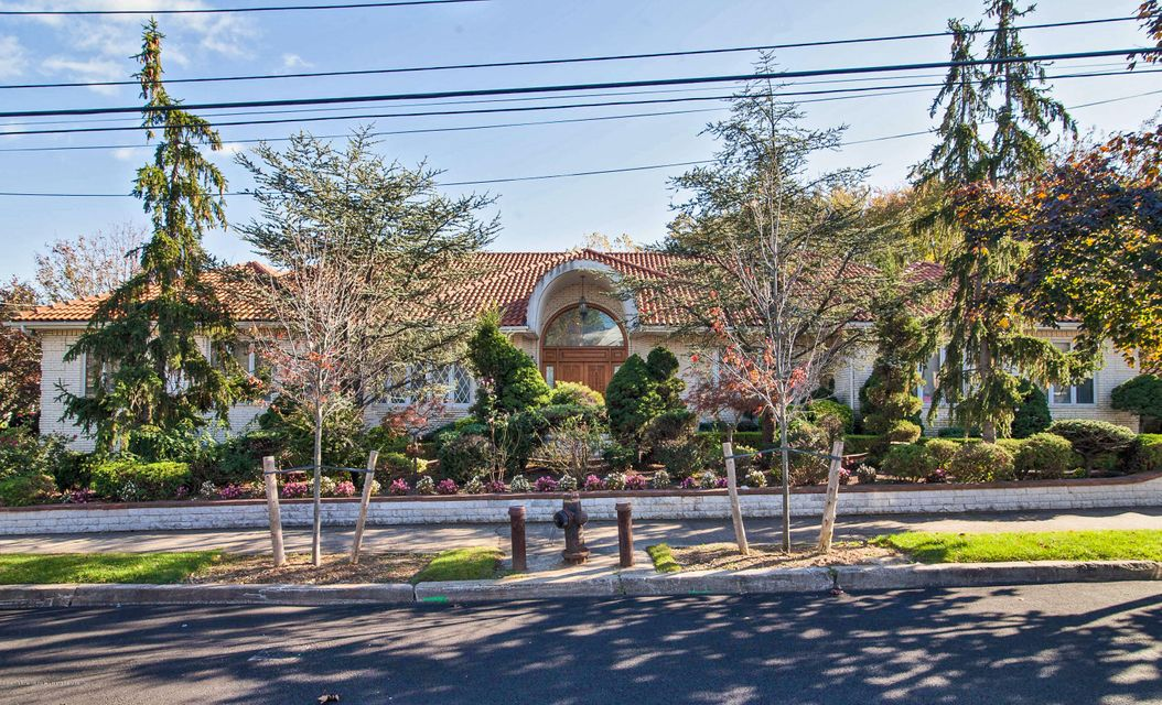 Single Family - Detached 40 Castor Place  Staten Island, NY 10312, MLS-1106655-2