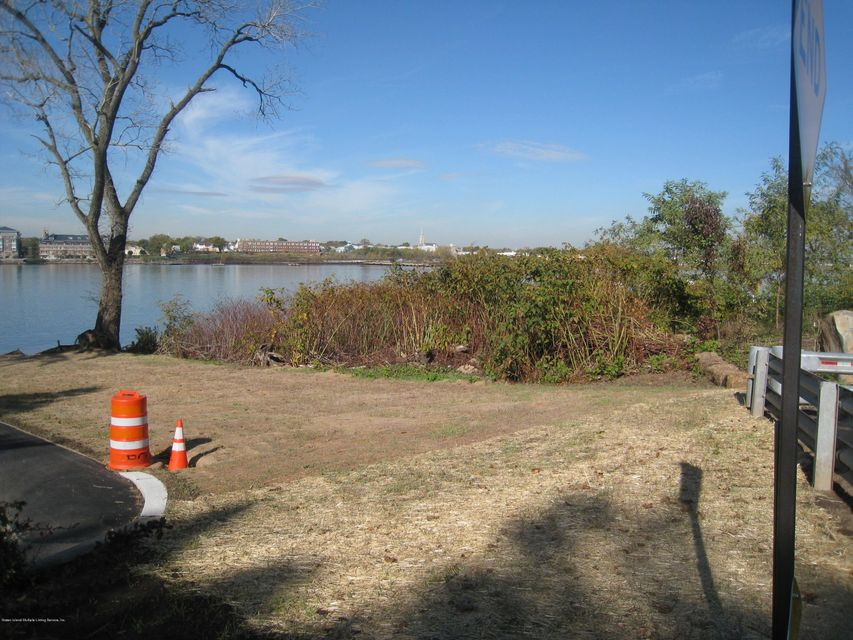 Land for Sale at 10 Aviva Court Staten Island, New York 10307 United States