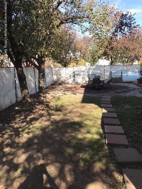 Single Family - Attached 47 Crown Court  Staten Island, NY 10312, MLS-1106780-10