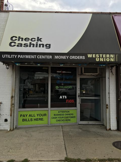 Commercial for Rent at 1834 Hylan Boulevard Staten Island, New York 10305 United States