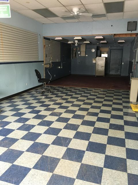 Additional photo for property listing at 1834 Hylan Boulevard  Staten Island, New York 10305 United States