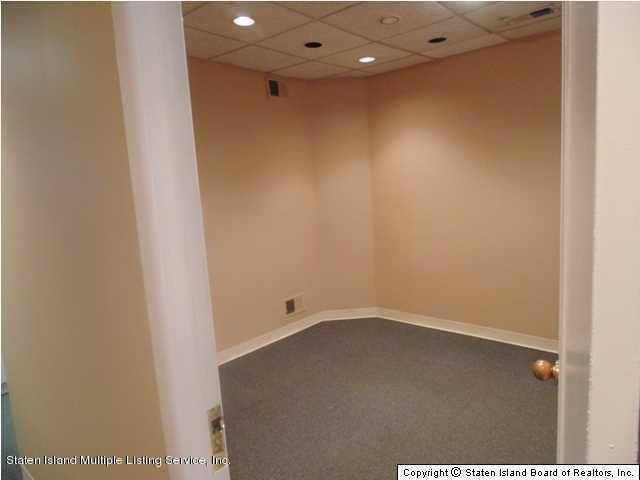 Additional photo for property listing at 3377 Richmond Avenue  Staten Island, New York 10312 United States