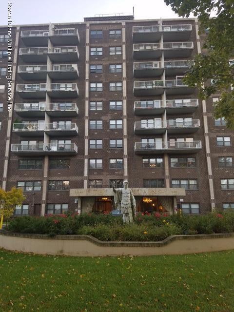 1100 Clove Road G0, Staten Island, NY 10301